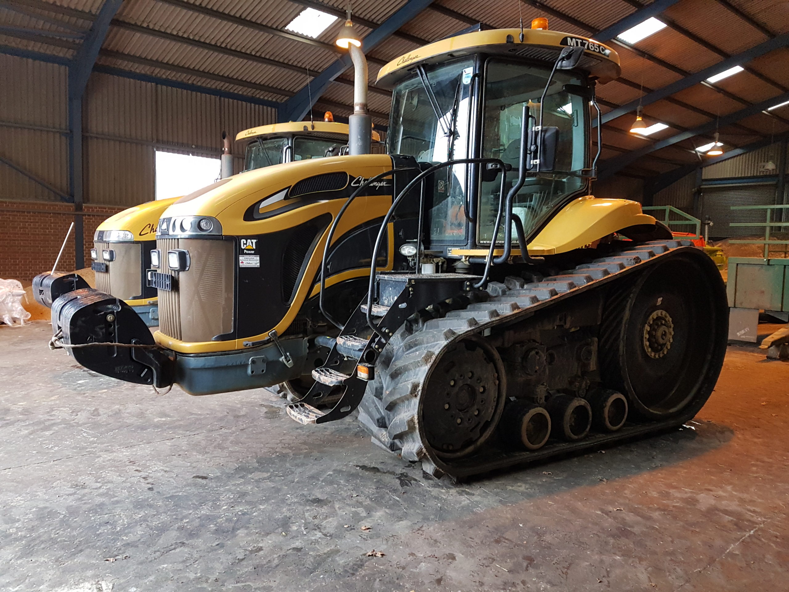 Bridgestone Series 6 tracks fitted to Challenger MT 765 working in Lincs