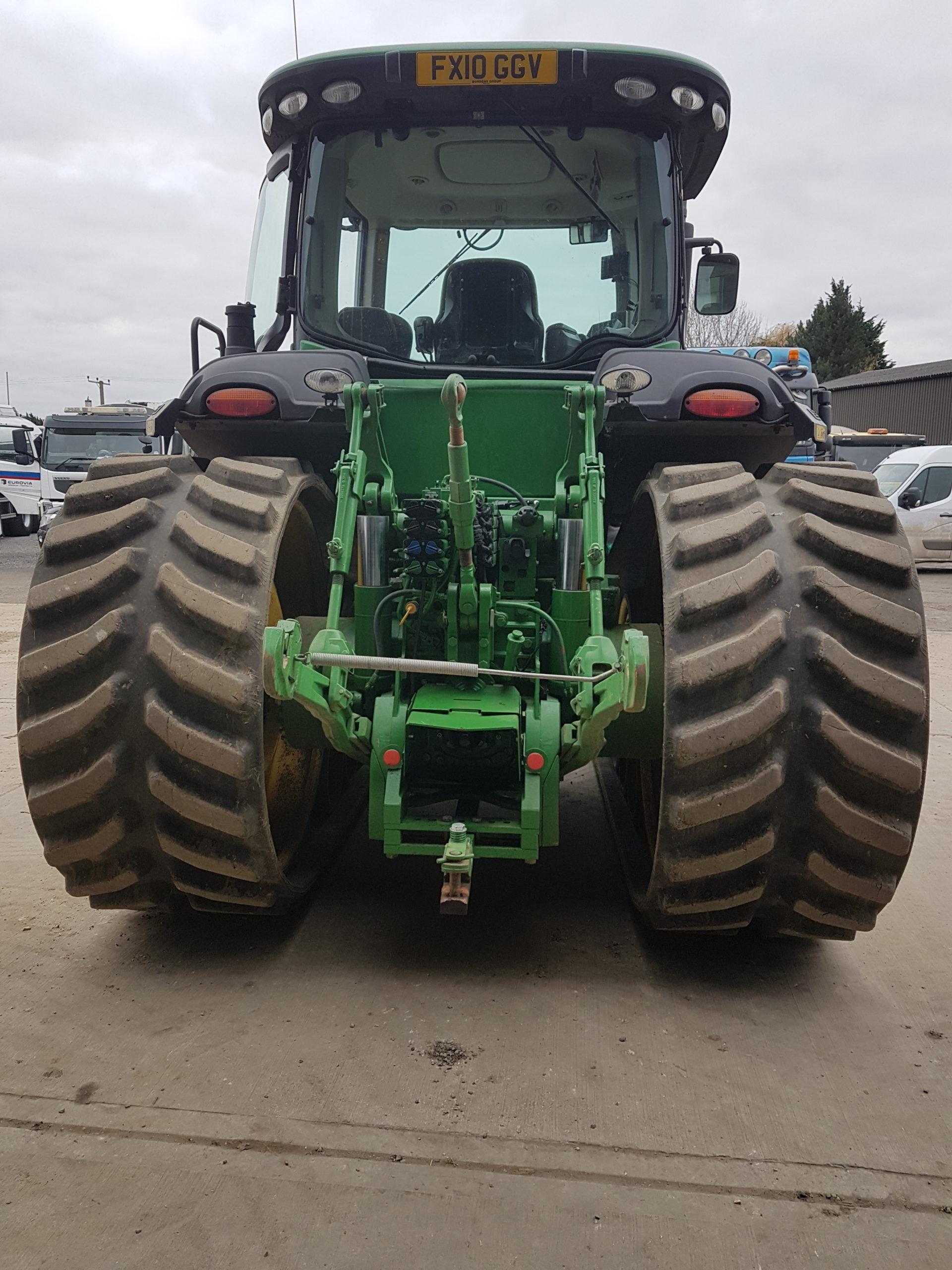 Bridgestone Series 6 tracks fitted to JD 8345RT working in Essex