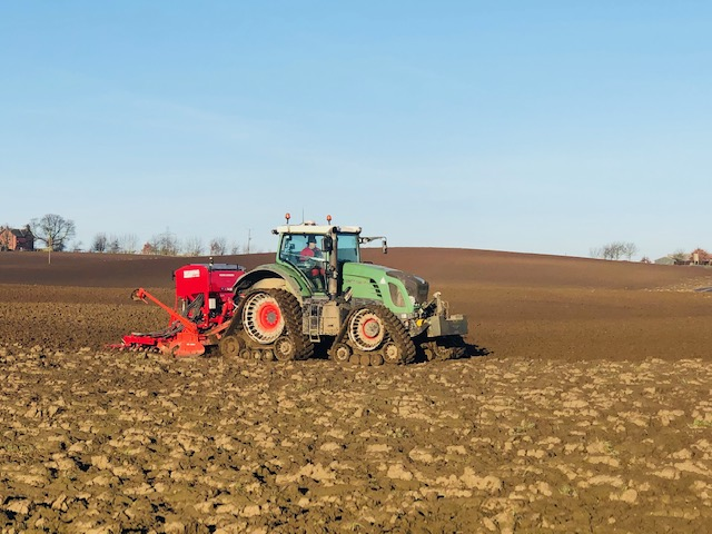 Fendt 936 fitted with Soucy STECH 800 tracks working in Yorkshire