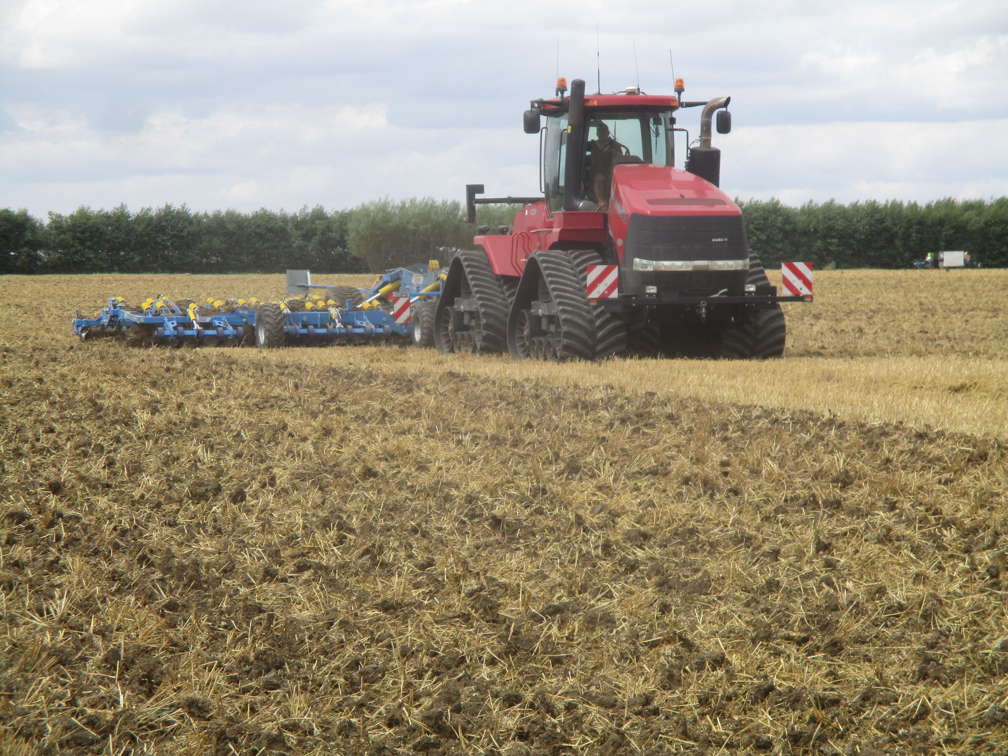 OUTLAND HT8850 fitted to CASE STX 500 working in CAMBS