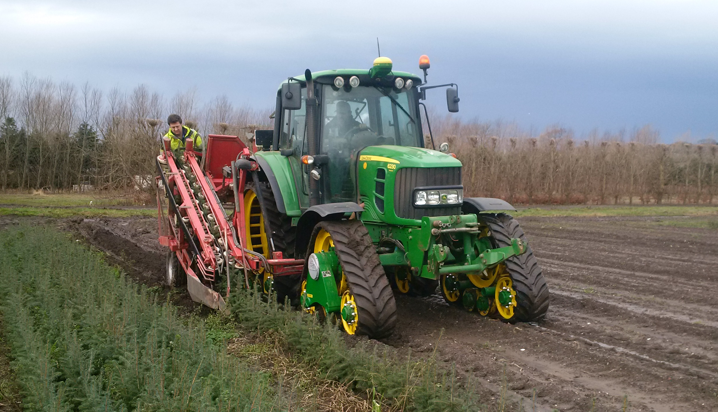 Poluzzi narrow tracks fitted to JD harvesting trees in Northumberland