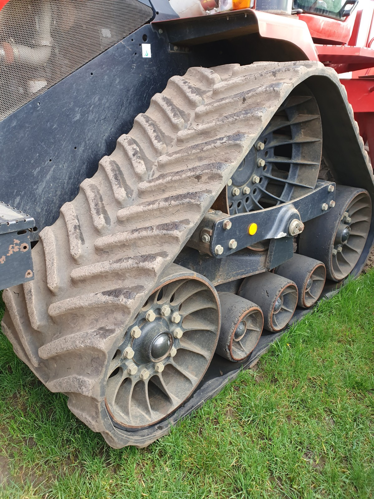 SOUCY Quadtrack tracks fitted to CASE STX working in HERTS