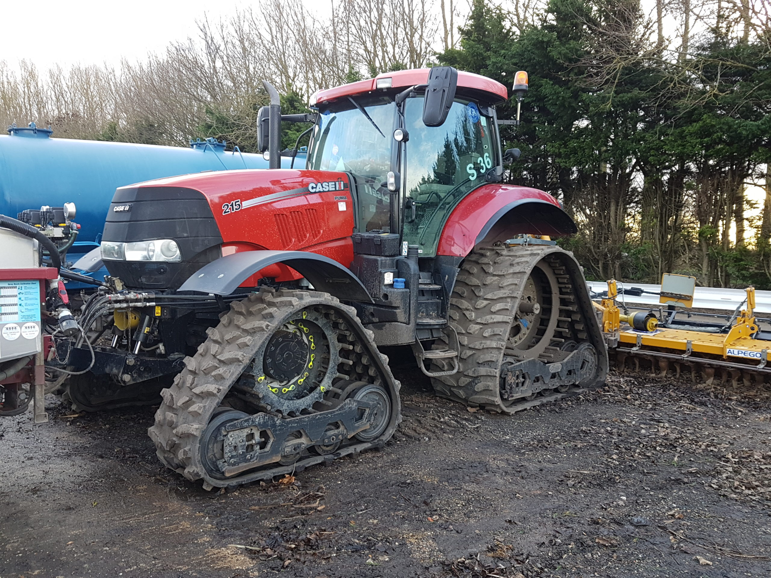 Soucy ST 700 tracks fitted to Case Puma 215 working in Cambs