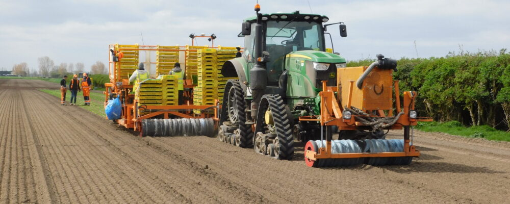 Soucy S Tech 612 tracks fitted to JD 6155R working in CAMBS (3)